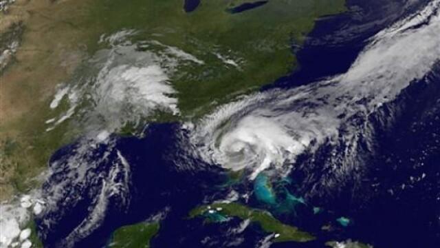 Furtuna tropicala Fay face ravagii in Florida!