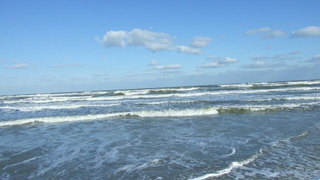 Chiar daca nu mai este demult vara, litoralul nu duce lipsa de turisti