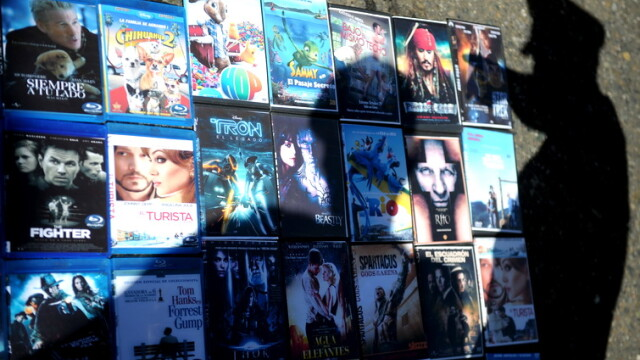 DVD-uri piratate