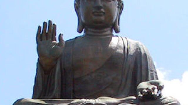 Statuia lui Buddha din Japonia, in zi de curatenie. In ce consta intregul ceremonial