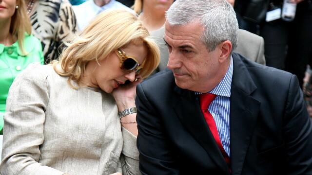 Calin Popescu Tariceanu ii spune adio si nevestei cu numarul 4. Divortul va fi amiabil - Imaginea 2