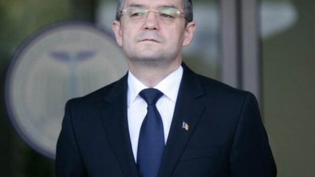 Emil Boc: Nu am niciun fel de problema ca Raed Arafat sa revina in minister, in orice echipa