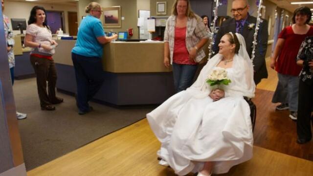 S-a maritat cu o zi inainte de operatia pe creier.