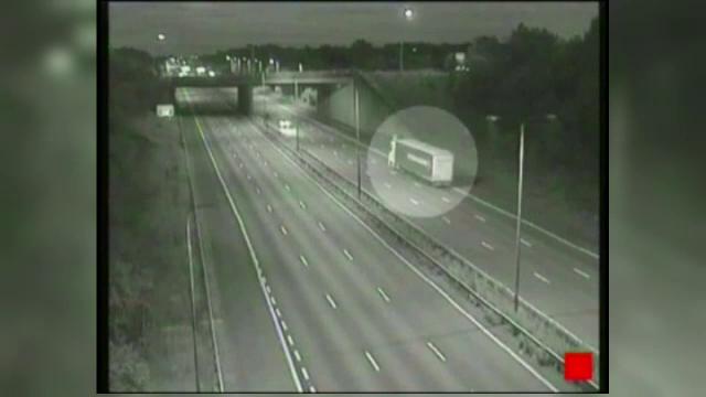5 kilometri de autostrada pe CONTRASENS, noaptea, fara lumini. Aventura unui sofer beat din Ungaria
