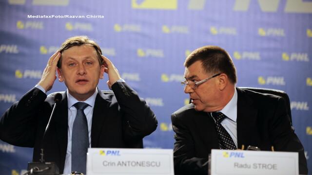 Crin Antonescu, Radu Stroe