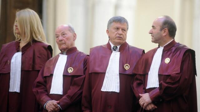 Curtea Constitutionala constata oficial ca nu a existat un conflict intre Guvern si Presedintie