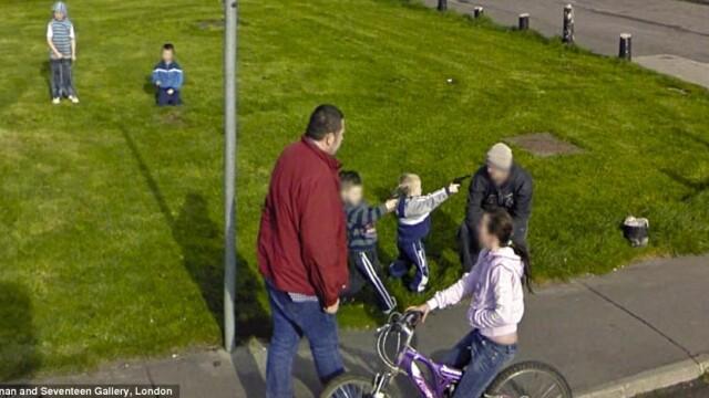 Prostituate, vanzari de arme si alte imagini spectaculoase surprinse de Street View. GALERIE FOTO - Imaginea 10