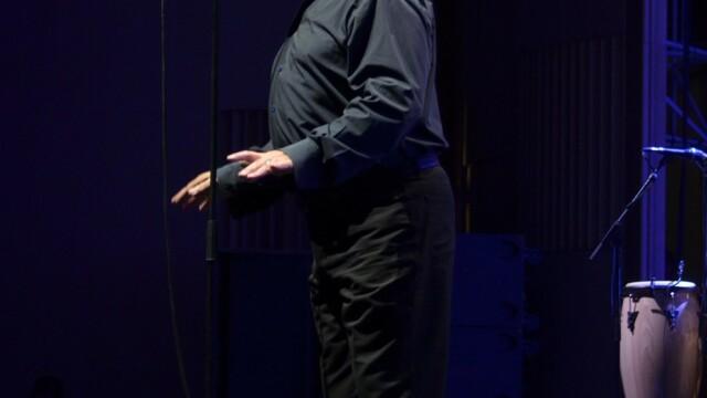 La cei 69 de ani ai sai, Joe Cocker a ridicat publicul de la Bucuresti in picioare. FOTO EXCLUSIV - Imaginea 9