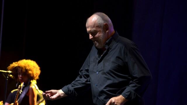 La cei 69 de ani ai sai, Joe Cocker a ridicat publicul de la Bucuresti in picioare. FOTO EXCLUSIV - Imaginea 1