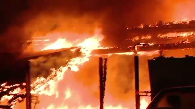 Agentie de pariuri, distrusa de un incendiu violent. Pagubele depasesc 200.000 de euro
