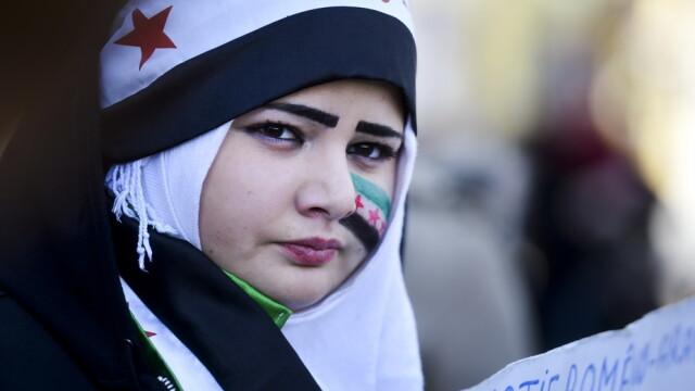 Noul presedinte din Iran vrea sa intermedieze negocieri intre Bashar al-Assad si rebelii din Siria - Imaginea 19