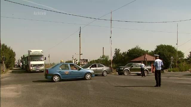 Baiat de 11 ani, prins de politisti la volanul unei masini. Ce risca tatal copilului
