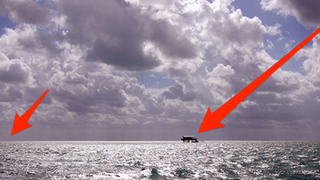 Iti dai seama ce se vede in imagini? Par a fi niste barci in mijlocul oceanului, dar daca te uiti mai atent vei fi surprins - Imaginea 7