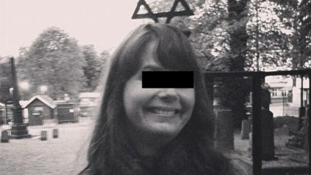 Selfie-urile criticate in toata lumea. Cum se pozeaza tinerii la memorialele genocidului din Al Doilea Razboi Mondial - Imaginea 6