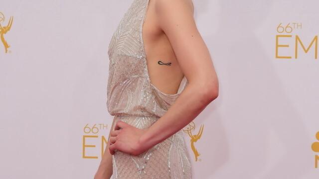 Moda la gala Emmy 2014: Vedetele au ales rosu si alb pentru defilarea pe covorul rosu - Imaginea 13