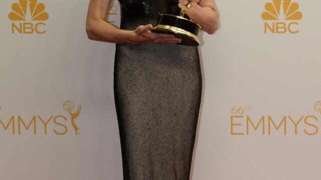 Moda la gala Emmy 2014: Vedetele au ales rosu si alb pentru defilarea pe covorul rosu - Imaginea 10