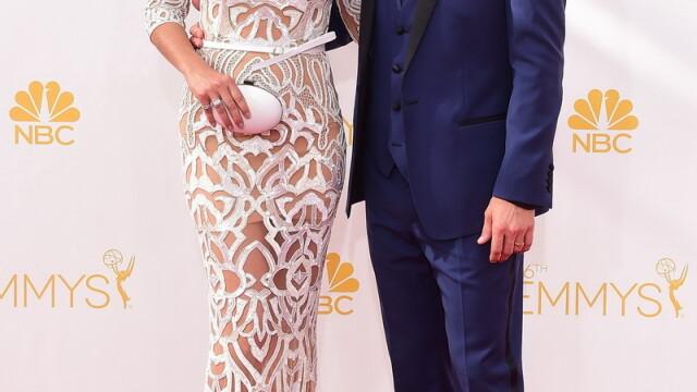 Moda la gala Emmy 2014: Vedetele au ales rosu si alb pentru defilarea pe covorul rosu - Imaginea 3