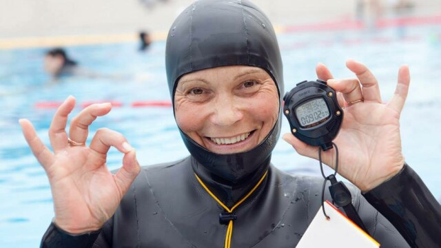 Natalia Molchanova, legenda a scufundarilor libere, disparuta in mare. Femeia a intrat in apa si nu a mai iesit la suprafata