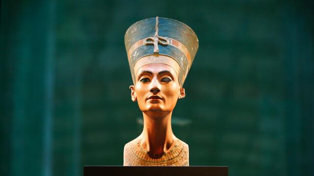 Un fost ministru egiptean cere Germaniei să restituie bustul reginei Nefertiti