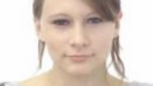O tanara de 17 ani din Cluj a disparut de acasa. Bunica ei o cauta disperata de cinci zile