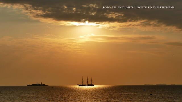Lupte navale simulate in portul Constanta, de Ziua Marinei. Iohannis: