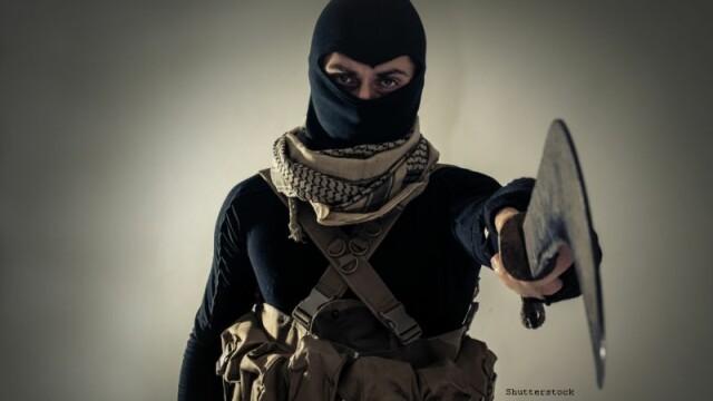 """Un tanar care a incercat sa se alature organizatiei ISIS, condamnat la 8 ani. El a multumit FBI:"""" Mi-au salvat viata\"""
