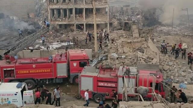 Explozie masiva in Turcia, la granita cu Siria. Atacul asupra unui sediu de politie, soldat cu numerosi morti si raniti
