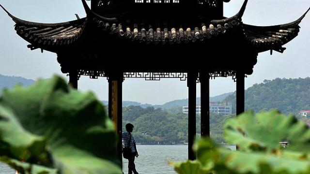 Pentru prima data, China gazduieste summit-ul G20, al marilor puteri ale lumii. Comunistii inchid fabricile si golesc un oras - Imaginea 8