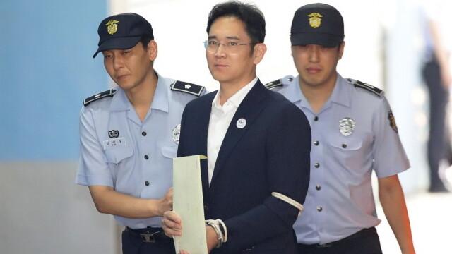 Moştenitorul Samsung, Lee Jae-Yong, condamnat la 5 ani de închisoare pentru corupţie