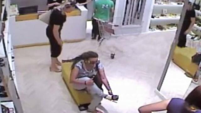 Furt filmat într-un mall din Cluj-Napoca. Suma cu care a fost păgubită victima