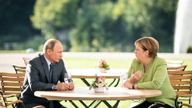 """Concluziile întâlnirii Merkel - Putin. Trei ore de discuții și """"niciun acord"""""""