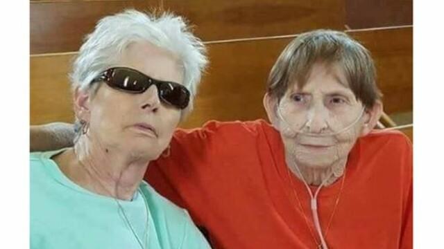 O femeie de 74 de ani s-a căsătorit cu partenera sa care murise în urmă cu 3 luni