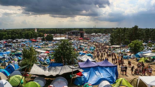 Unde are loc cel mai mare festival gratuit din lume. 750.000 de oameni, la un concert - Imaginea 5