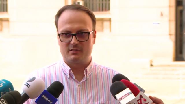 Cine e Alexandru Cumpănașu, candidatul legat de drama din Caracal, care trage cu arma - Imaginea 5