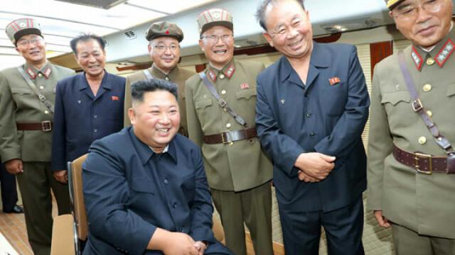 Coreea de Nord plănuieşte să atace SUA cu rachete nucleare lansate de pe submarine - Imaginea 13