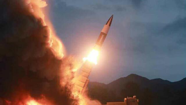Coreea de Nord plănuieşte să atace SUA cu rachete nucleare lansate de pe submarine - Imaginea 12