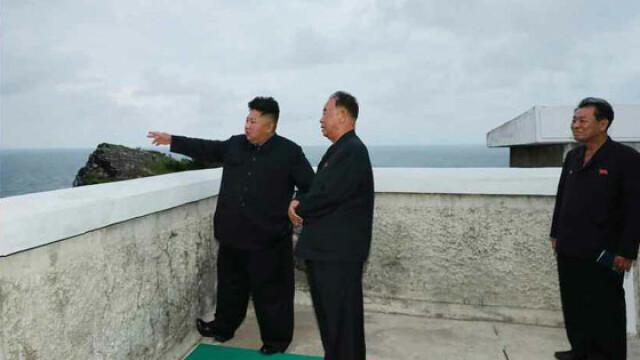 Coreea de Nord plănuieşte să atace SUA cu rachete nucleare lansate de pe submarine - Imaginea 11