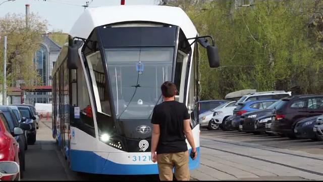 Tramvai fără vatman, testat într-o mare capitală. Cum evită accidentele