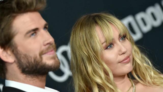 Divorț la Hollywood la jumătate de an de la nuntă. Miley Cyrus, surprinsă sărutând o femeie - Imaginea 1