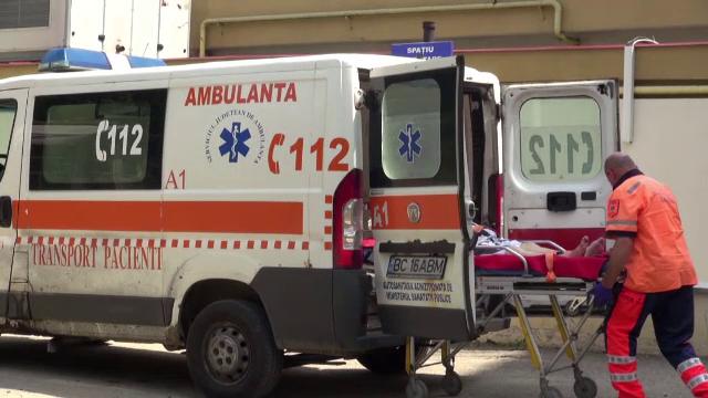 Un bărbat din Bacău a ripostat cu un cuțit, după ce soția și fiica sa au fost lovite
