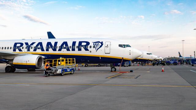 Piloții Ryanair intră în grevă. În ce perioadă vor fi afectate zborurile liniei low-cost
