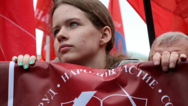 """Proteste la Moscova. Comuniștii și liberalii cer """"alegeri cinstite"""". FOTO - Imaginea 8"""