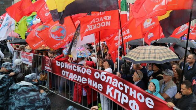 """Proteste la Moscova. Comuniștii și liberalii cer """"alegeri cinstite"""". FOTO - Imaginea 5"""