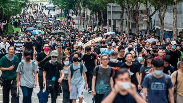 Mii de profesori, în stradă la Hong Kong. Armata chineză poate interveni oricând - Imaginea 1
