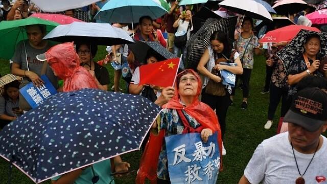 Mii de profesori, în stradă la Hong Kong. Armata chineză poate interveni oricând - Imaginea 4