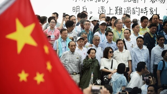 Mii de profesori, în stradă la Hong Kong. Armata chineză poate interveni oricând - Imaginea 5