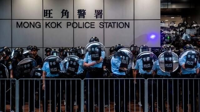 Mii de profesori, în stradă la Hong Kong. Armata chineză poate interveni oricând - Imaginea 7