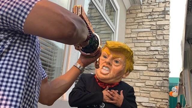 Imagini cu o înscenare a asasinării preşedintelui Trum