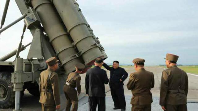 Coreea de Nord plănuieşte să atace SUA cu rachete nucleare lansate de pe submarine - Imaginea 15