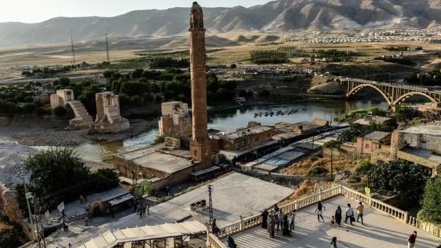 Orașul de 12.000 de ani pe cale să fie înghițit de ape - 9